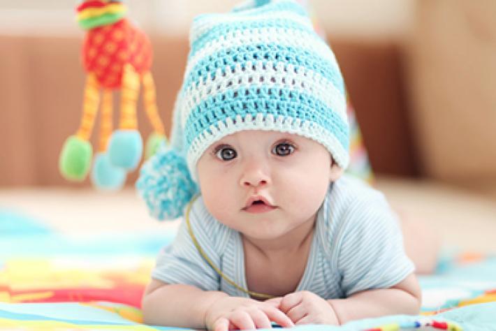Trẻ sơ sinh bú sữa mẹ bao nhiêu là đủ?